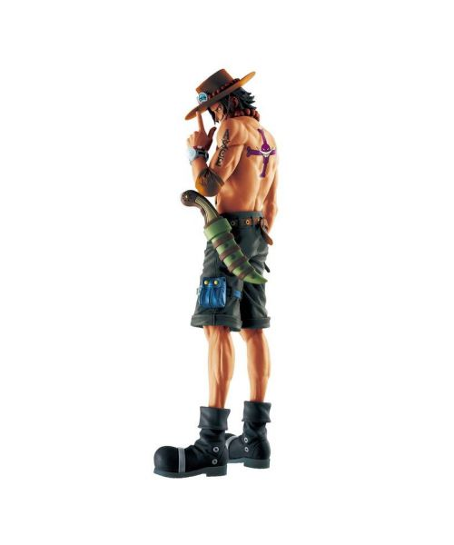 Ace joins the Memory Figure line in a Limited Edition figure released by Banpresto! Add him to your collection today!